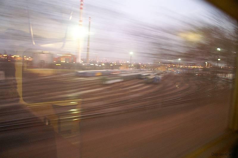 Železniční expresionismus - depo Vršovice.