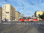02-tram-on-crossing-kubanske-namesti-3-10-2009
