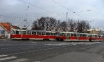 100-prague-trams-on-crossing-strelnicna-15-12-2009