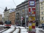 143-pragu-e-tram-arriving-to-stop-tesnov-13-2-2010