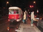37-tram-on-stop-vyton-1-1-2007-19-00-hours