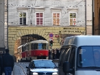 46-tram-on-krizovnicke-namesti-square-near-karluv-most-charles-bridge-16-2-2008