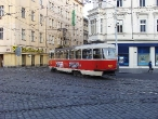 73-prague-tram-on-crossing-andel-29-11-2009