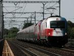 Railjet projíždí hranickým viaduktem