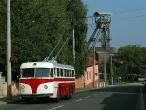 Historický trolejbus Tatra T 400 u dolu Michal