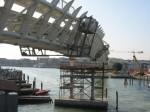 Stavba APM v Benátkách v létě 2009
