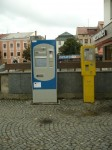 Automaty v dolní části Masarykova náměstí