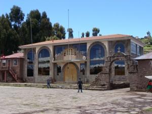 Ostrov Taquile - radnice dne 16. 2. 2011