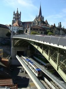 Lausanne - metro 2 u stanice Bessières dne 11.7.2011