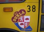 Detail na logo HC Dukla Jihlava společně s evidenčním číslem vozu