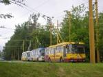 38 vévodící řádce odstavených troeljbusů 14Tr....za ní stojí ex Zlínské trolejbusy čísel 59,60 a v pozadí i 56