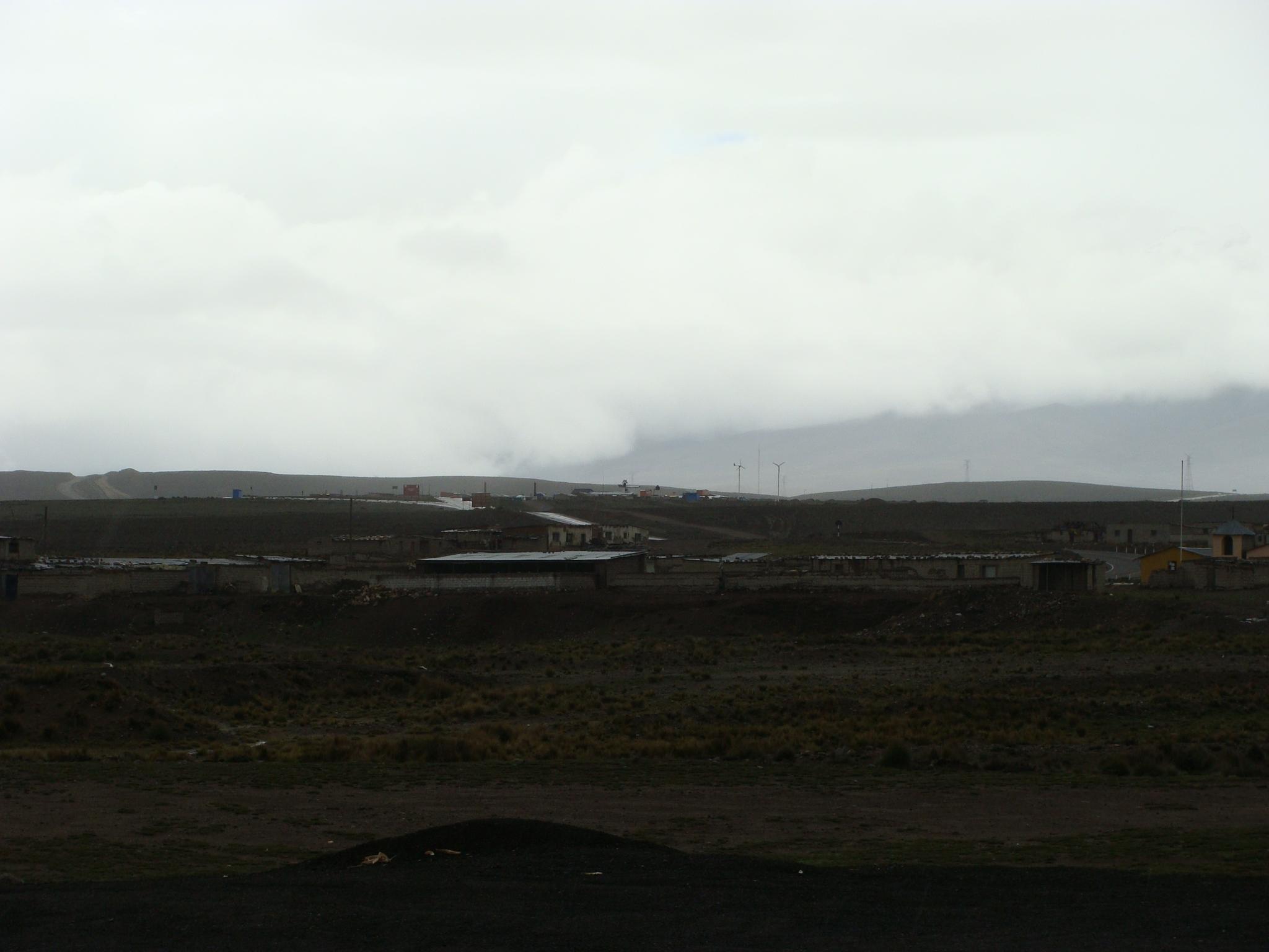 Patahuasi - pohled do kraje za deště dne 19. 2. 2011
