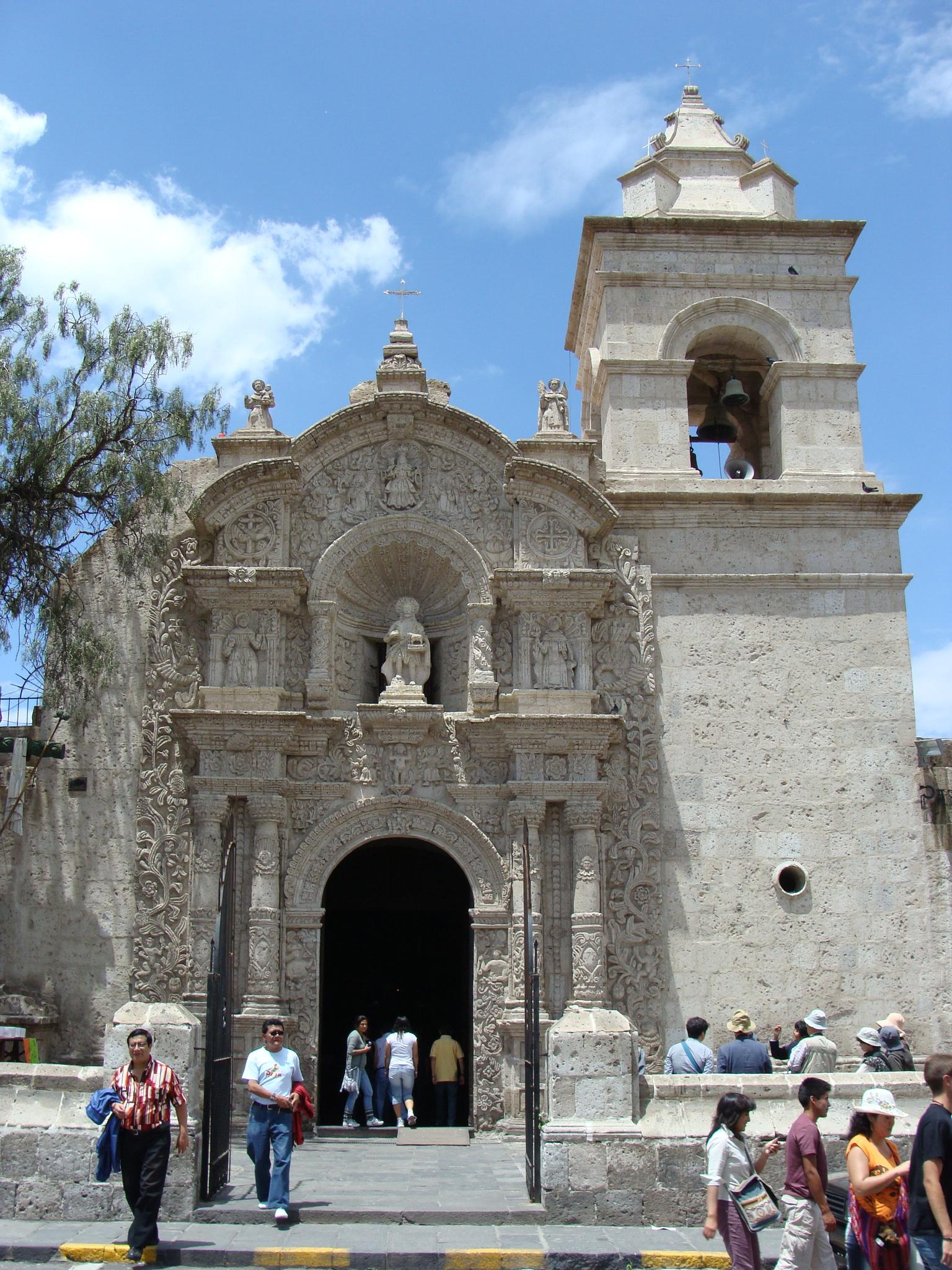 Arequipa - čtvrť Yanahuara - kostel dne 20. 2. 2011 10:59