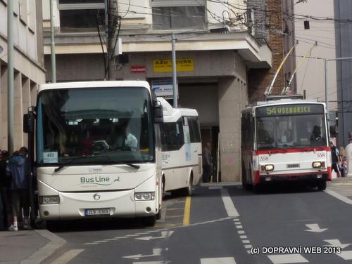 V Ústeckém kraji mají všechny linky veřejné dopravy objednávané krajem číselné označení budící dojem, že jde o součást MHD. Tarifní integrace však není.