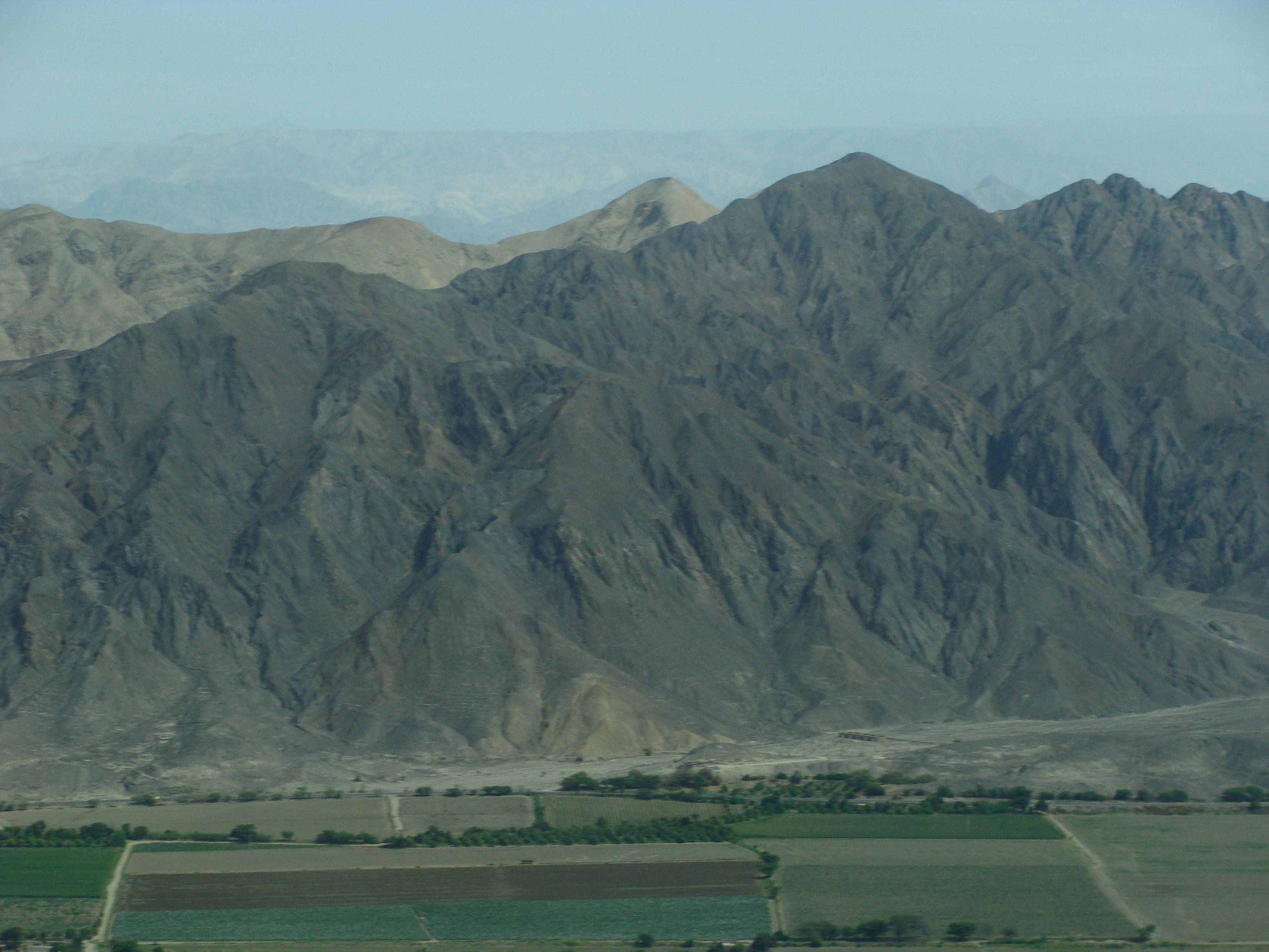 Nazca - planina - pohled do kraje 21. 2. 2011 9:55