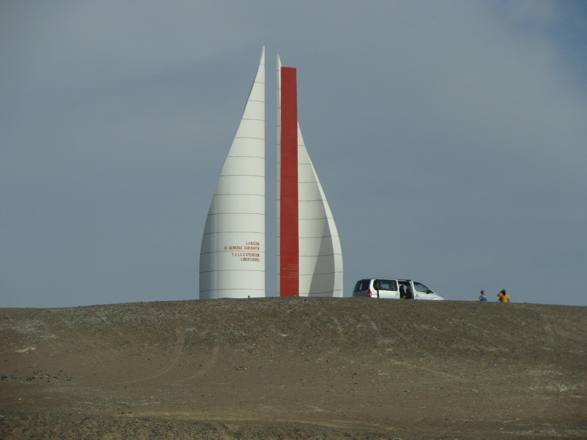 Paracas - památník 21. 2. 2011 16:10