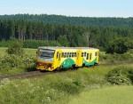 Zbytečný vlak veze nežádoucí návštěvníky do regionu. Ilustrační foto M.Kouba