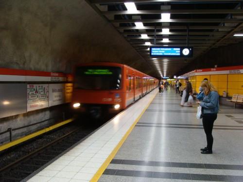 Stanice metra Sörnäinen.