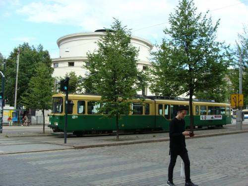Tramvaj na ulici Mannerheimintie.
