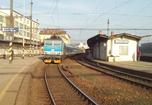 I v případě povrchového hlavního nádraží v Brně by zde nastaly zásadní změny.