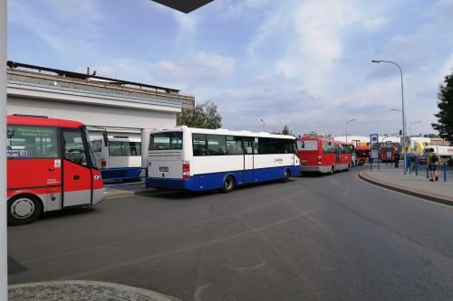 Výjezd autobusů